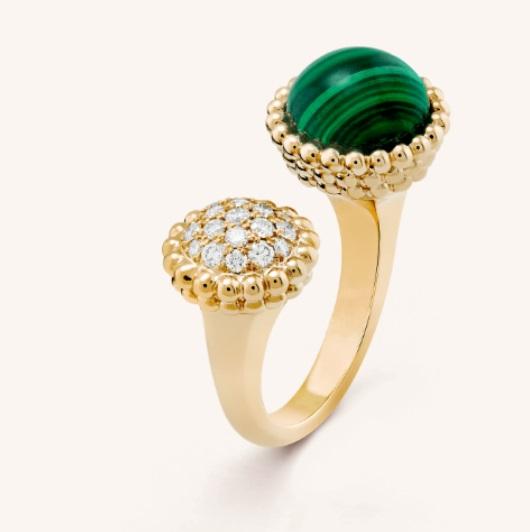 خاتم فان كليف اخضر